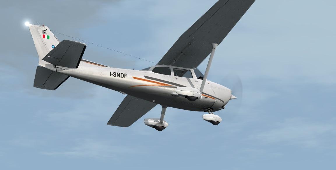fs-freeware net - FSX Carenado Cessna 172 I-SNDF Aeroclub Vicenza